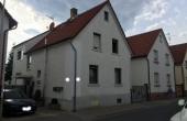 VERKAUFT!! 1-2-Fam.-Haus mit Garage und Seitengebäude in Griesheim